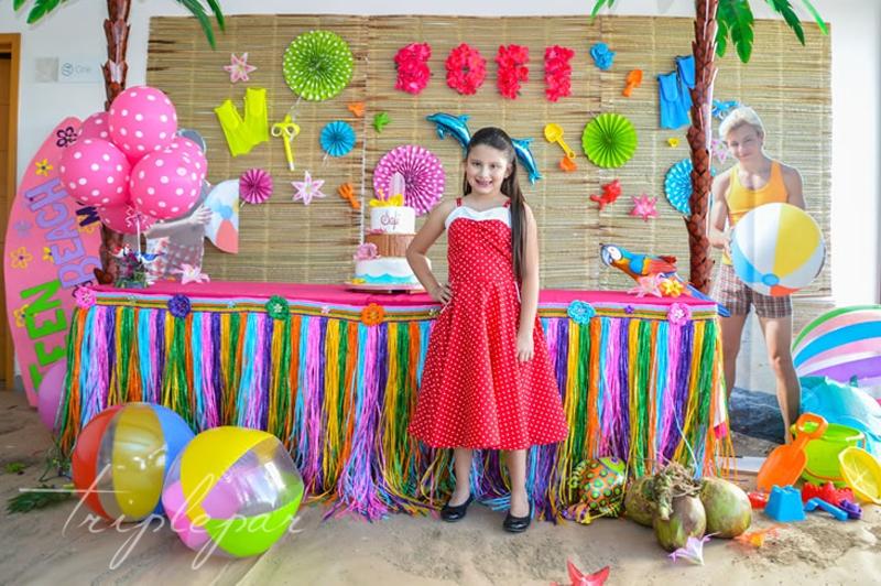 Ana Sofía y su pastel
