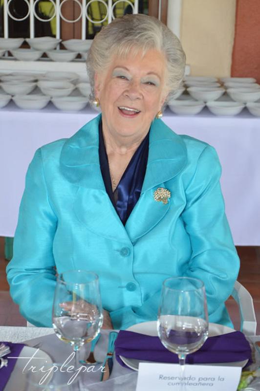 Cumpleaños 80 Leticia