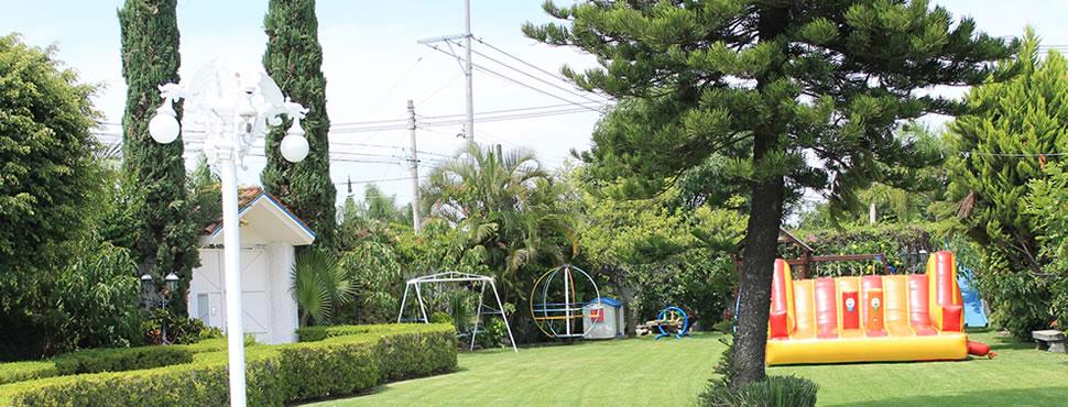 Terraza jard n los arcos zapopan triplepar for Arcos para jardin